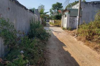 Chính chủ cần bán lô đất hẻm 53 Chi Lăng, diện tích 212m2, sổ chung 3 nhà, mua bán công chứng