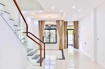 Cho thuê nhà phố 5x20m, 1 trệt 3 lầu Lakeview City Quận 2, nội thất đẹp, giá 25tr/th, LH 0917330220