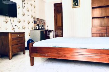 Cho thuê CH Studio hẻm 25 Tôn Thất Tùng Q1, có bếp, ban công full nội thất, giá 4.5tr 0932.103.949