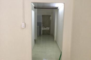 Cho thuê nhà cấp 4 có gác nhỏ DT 4x16m, hẻm 4m, giá 4 tr/tháng. LH: 0965625637