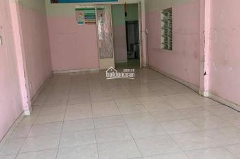 Cho thuê nhà 230m2 686/10 CMT8, P5, Q. Tân Bình