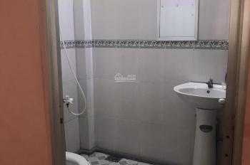 Cho thuê phòng 25m2 giá 2.5 triệu đường Bùi Thị Xuân, P2, Tân Bình gần chợ Phạm Văn Hai có BV 24/24