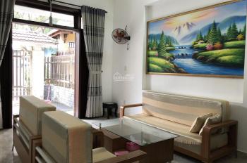 Cho thuê nhà nguyên căn 3 tầng mặt tiền đường Ưng Trí, P. Vỹ Dạ, Huế