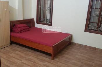 Cho thuê nhà ngõ phố Vương Thừa Vũ, 7pn, 4wc