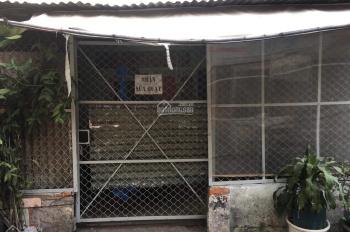 Vỡ nợ bán gấp nhà nát Tôn Thất Thuyết Q4, DT 65m2, TT 1 tỷ, tiện ở KD, SHR - XDTD, 0706755331 Dương