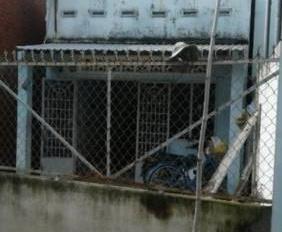 Kẹt tiền bán gấp nhà nát Lê Văn Sỹ, Q. Phú nhuận DT 64m2, giá TT 1.06 tỷ, có sổ, 0794862107