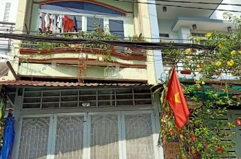 Cần bán gấp căn nhà MT đường số 8, Linh Trung, 4x13m, 1 lầu, giá 3,6 tỷ