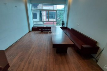 Cần cho thuê nhà 4 tầng 6 PN khép kín tại Mậu Lương Hà Đông 12tr/tháng. LH: 0983477936
