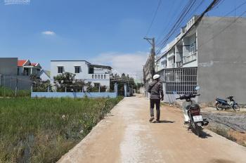 Chính chủ cần bán nhà HXH DTSD 120m2 có sổ hồng riêng, nhà trệt, 2 lầu, mới, Hưng Long, Bình Chánh