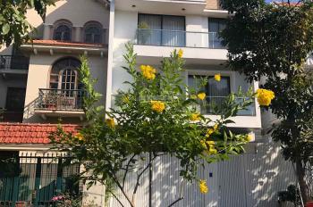 Cho thuê biệt thự văn phòng đường Trần Não - giá 25 triệu/tháng