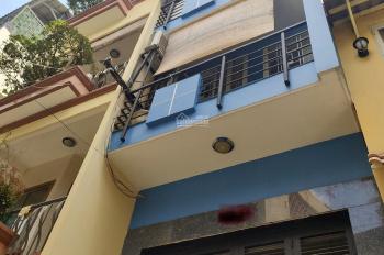 Cho thuê nhà 1/ đường 3/2, Q10, 1 trệt, 2 lầu, giá chỉ 18 triệu/tháng. Liên hệ: 0917 832 234