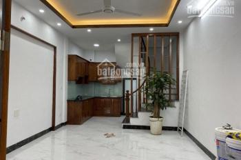 Chính chủ bán nhà DT 35,5m2 * 5T, xây mới phố Trần Khát Chân, Lãng Yên, gần ngã tư Lò Đúc