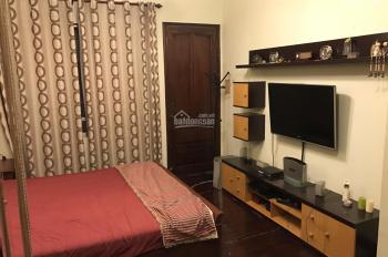 Cho thuê nhà riêng đẹp ở Đội Cấn, DT: 70m2x3,5T, full nội thất, 18 triệu/tháng. LH: 0968063506