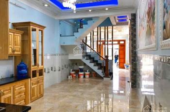 Cần cho thuê nhà nguyên căn HXH đường CMT8 Q. Tân Bình
