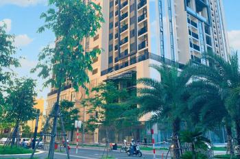 Chính chủ kẹt tiền nên cần bán căn hộ 2PN 86m2 view Q1 rất đẹp tại Hà Đô Centrosa Q10. 0909187967