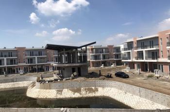 Tôi cần bán biệt thự song lập dự án Dragon Village Quận 9 (8 x15m), trực diện hồ khu B, giá: 6.1XX