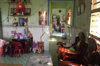 Cần bán căn nhà gia đình ở Tân Thông Hội 220m2 giá 1.5 tỷ