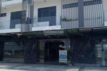 Chính chủ cần tiền bán gấp căn shophouse Marina Complex, 120m2, 3 tầng, ven sông Hàn