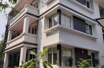 Cho thuê căn góc 2MT 3 Tháng 2 & Lê Hồng Phong, 3 lầu, giá: 267,132 triệu/ tháng