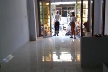 Nhà mới chính chủ cần bán gấp nằm trong KDC hiện hữu giá 900tr, đường Liên ấp 2 - 6, Vĩnh Lộc A, BC