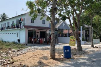 Bán dãy nhà 10 phòng trọ cho thuê 20 tr/tháng ngay uỷ ban nhân dân huyện Bình Chánh