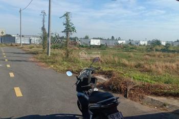 Bán đất ngay công an huyện Cần Đước - giá chỉ 743 triệu/64m2 - sổ hồng