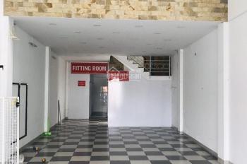 Cho thuê nhà 1 trệt 1 lửng 3 lầu mặt tiền  CMT8 Dt 150m2 Chỉ 25 triệu/tháng.