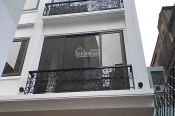 Bán nhà ngõ 7 phố Kim Mã Thượng - Ba Đình DT 30m2 x 4,5 tầng MT 4,2m hướng Nam, giá 4.7 tỷ
