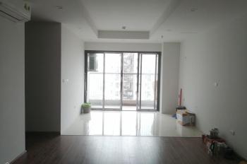 Cho thuê chung cư làm văn phòng hoặc ở lâu dài - 3 phòng ngủ, nội thất cơ bản
