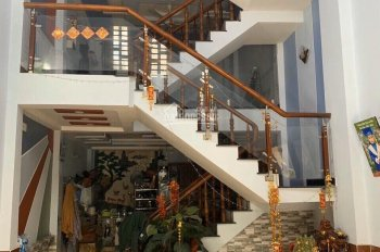 Chủ cần tiền gấp nên bán căn nhà 1 trệt 1 lững 2 lầu phường Hiệp Thành,Q12.