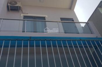 Bán nhà 2 lầu giá cực rẻ chỉ với 1 tỷ hơn, đường Lê Văn Chí, Linh Trung, Q. Thủ Đức, LH 0931331078