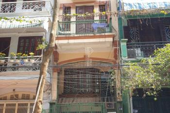 Bán nhà mặt phố Vạn Bảo - quận Ba Đình - Hà Nội, DT 17m2 x 5 tầng. Mt 3m giá 4,2 tỷ
