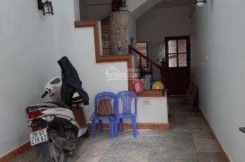 Cho thuê nhà trong ngõ 250 Khương Trung, Thanh Xuân, hà nội. Giá thuê 5.5 triệu/ tháng
