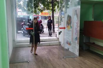 Cho thuê nhà mặt phố Mạc Thái Tổ - Trung Kính 50m2x 6 tầng sàn thông giá chỉ 28tr/th