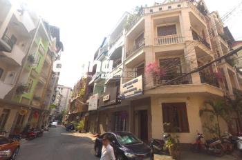 Cho thuê nhà mặt tiền đường Hoa Cau, Phú Nhuận. Nhà ngang 6m tiện kinh doanh đa ngành nghề