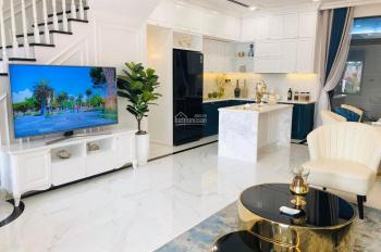 Cho thuê căn hộ cao cấp Everrich quận 5. Nhà đẹp - rộng - thoáng - giá rẻ nhất LH: 0901.18.56.18