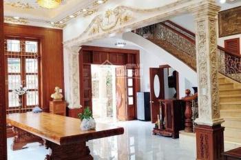 Cho thuê nhà mặt tiền đường Lê Hồng Phong, Quận 10