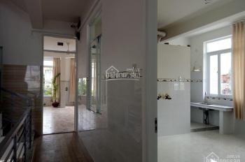 Cho thuê nhà lô góc MT 131m2 (8x16m) - 7 phòng căn hộ - tầng trệt đẹp - 18 tr/th - KĐT Phước Long A