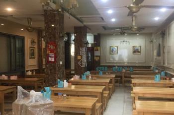 Cho thuê cửa hàng mặt phố Thành Công, lô góc 3 mặt tiền DT 150m2, MT 7m, 50tr/th