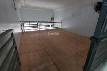 Cho thuê nhà gần Metro Hà Đông 40m2, 3 tầng, 4 phòng, giá 8tr/tháng. LH: 0886738469
