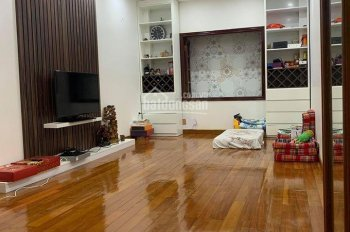 Chính chủ bán nhà PL Kim Mã nhà đẹp ở ngay 65m2 x 5 tầng MT 5.5m T1 gara ô tô 10.3 tỷ, 0904.556.956