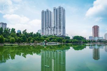 Cần tiền bán gấp căn 3PN 136m2 giá 2,47 tỷ, hướng Đông Nam, view hồ Văn Quán ngồi nhà ngắm pháo hoa