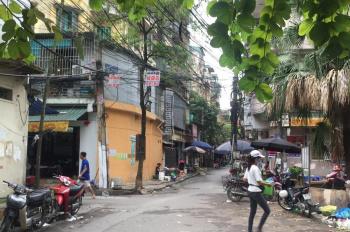 Cho thuê cửa hàng phố Hoàng Ngọc Phách. DT 20m2, MT 3,5m, 5tr/th