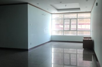 Cần cho thuê căn hộ Hoàng Anh Giai Việt, 150m2, 3PN 2WC, nhà trống, giá 12tr/tháng