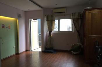 Cho thuê căn nhà trong ngõ 18 Võ Văn Dũng, diện tích 40m2 x 4 tầng, mỗi tầng 1 phòng thông rộng