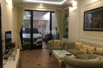Nhà đẹp Nguyễn Khánh Toàn phân lô gara ô tô thang máy 12.8 tỷ