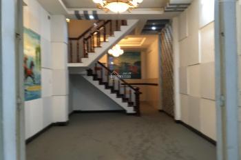 Cho thuê nhà mặt tiền đường Huỳnh Thị Hai DT 5x20m, trệt hai lầu giá 13 tr/ tháng, LH 0965625637