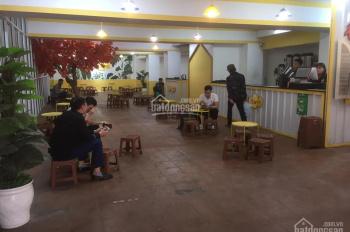Cho thuê mặt bằng kinh doanh mặt phố Hồ Tùng Mậu cực đẹp. Diện tích 220m2, giá chỉ 65 triệu/tháng