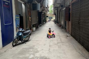 Bán nhà 4 tầng 50m2 kinh doanh sát phố Nguyễn Thái Học - dãy quán hát, ô tô vào nhà, 0987.112.885