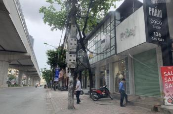 Chính chủ bán shophouse mặt đường Cầu Giấy giá 25.35 tỷ. Liên hệ: 0981122869